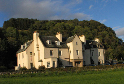 Hiking and accommodation in Fortingall Hotel