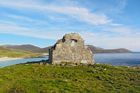 Bespoke guided hiking on Harris and Lewis